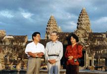 2b57ed00d769 初めて、世界遺産 三大仏教遺跡 カンボジアアンコールワットを訪れたのは、日本初のPKO活動と騒がれた1992年の暮れでした。  当時、個人旅行はおろか、団体PACも ...